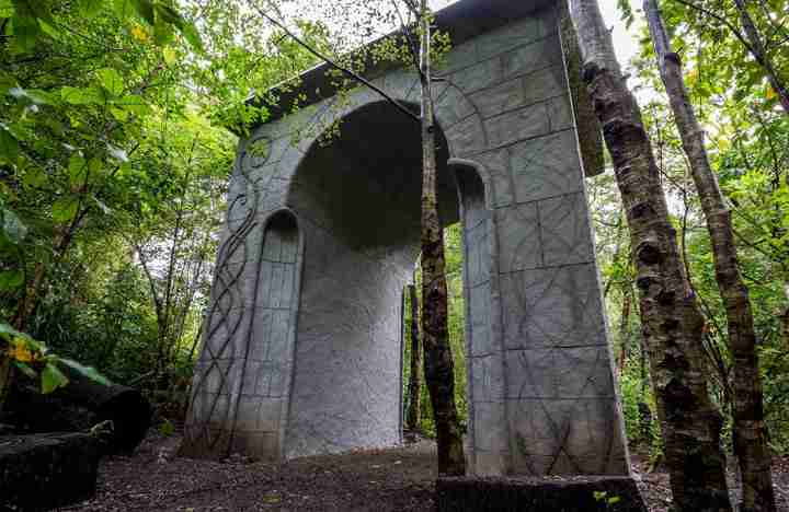 kaitoke regional park middle earth archway