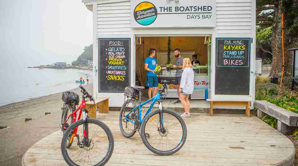 the boatshed days bay bike hire